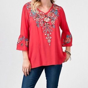 Andree by Unit Red floral embroidered blouse NWT M